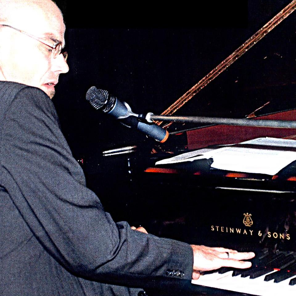 Joe Doll am Piano
